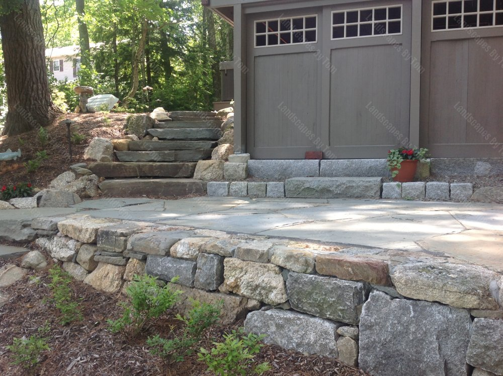 AFTER_patio__wall_and_stone_steps_1-min