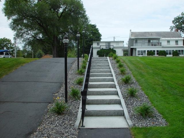 condo_granite_steps_1-min
