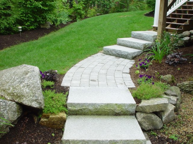 lakes_region_landscaping_granite_steps_1_1-min
